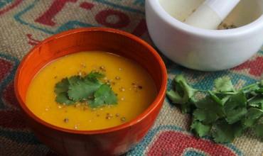 Indische Karotten-Ingwer-Cremesuppe