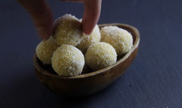 Mango-Kokos-Bällchen